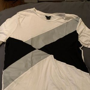 Men's H&M size M geometric t shirt
